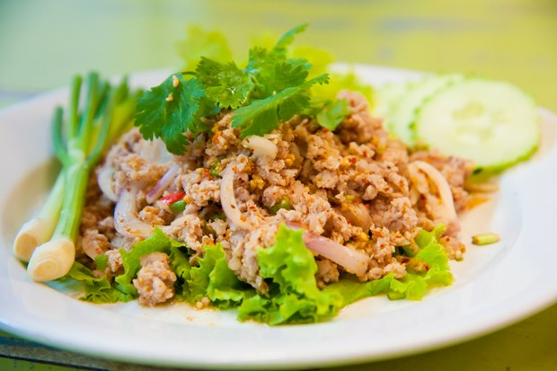 Regional Recipe – Laotian Larb (Ground chicken with spices)